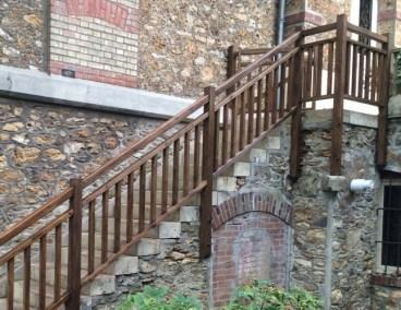 Garde corps bois sur escalier en pierre photos après