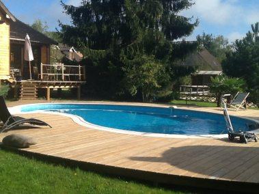 Terrasse / deck de piscine en radiata