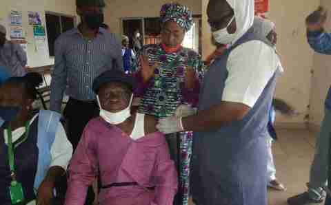 Fedpoly Offa Rector, Other Principal Officers Take Covid-19 Vaccine
