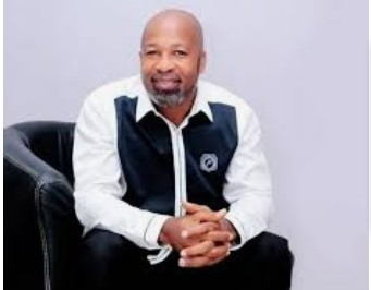 Actor Yemi Solade accused of sending nudes and requesting sex in exchange for roles to upcoming actors