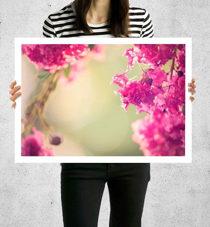 ring of pink crepe myrtle white border print