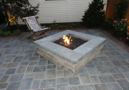 A Built-in Fire Pit: Styles, Options and Tips - Nature's ... on Pavers Patio With Fire Pit id=81441