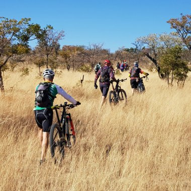 Mountain-biking-in-Matobo-(2)