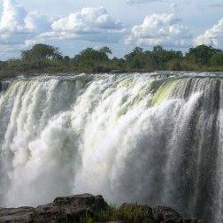 Victoria-Falls-(1)