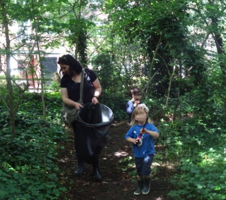Knights Hill Wood Capital Clean Up 27-6-16 Lambeth London Nature conservation Home education free activity