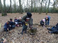 free-forest-school-activity-for-primary-school-children-on-streatham-common-lambeth-13