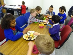 Free after school forest School Fern Lodge Lambeth London-5