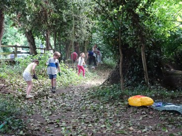 Free family nature activity Knights Hill Wood West Norwood Lambeth London-10