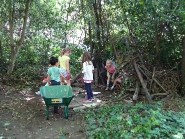 Free Family Forest School Knights Hill Wood Lambeth London-10