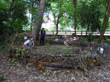 Free Family Forest School Knights Hill Wood Lambeth London-11