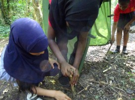 Free after school forest school club Streatham Lambeth London-9