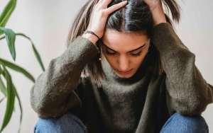 Warum Frauen häufiger unter Long Covid leiden - Vitamin C
