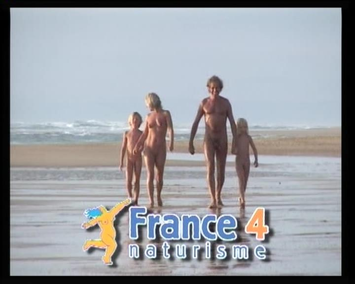 Family holiday on the nude beaches of France [French naturisme 4] Video