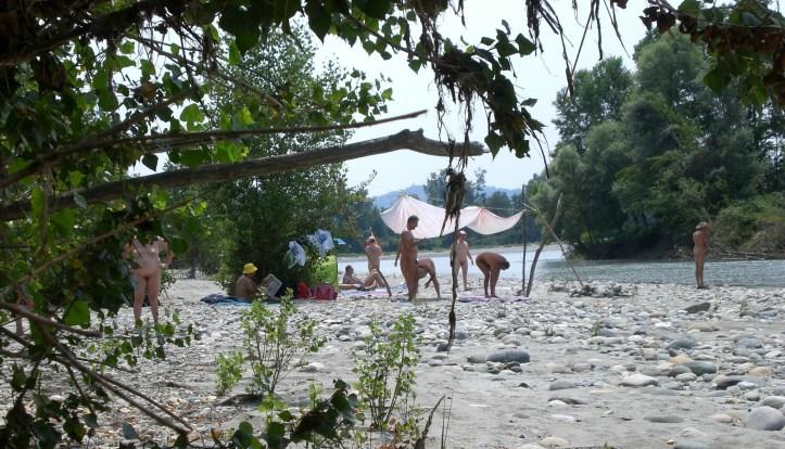 Naturisti in spiaggia