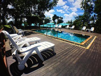 Barefeet Heaven Hill - Naturist Resort
