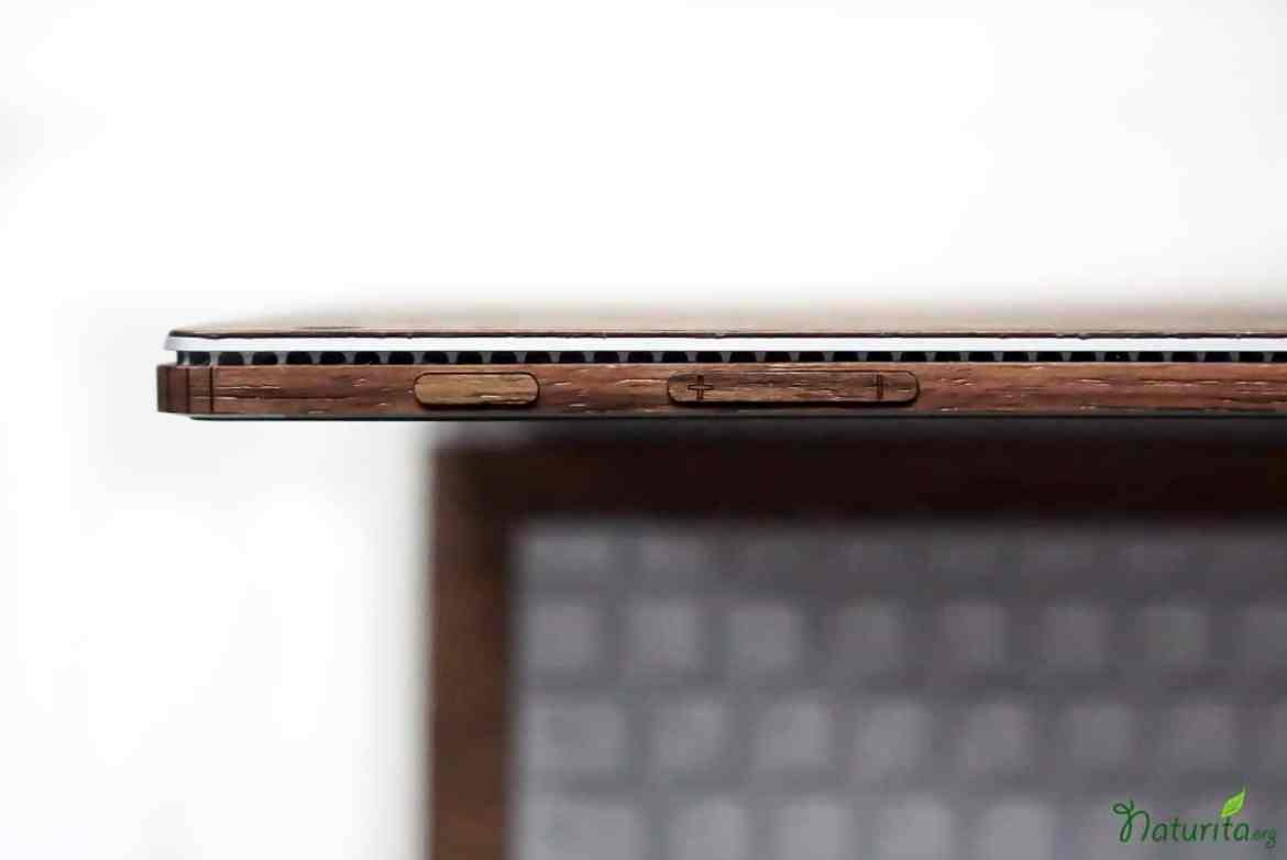 review-toast-laptop-cover_6