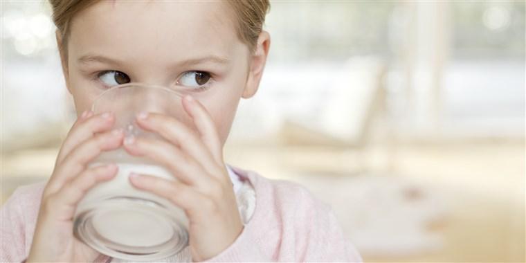 Le lait de vache aggrave bien les symptômes du rhume, pas le lait de soja