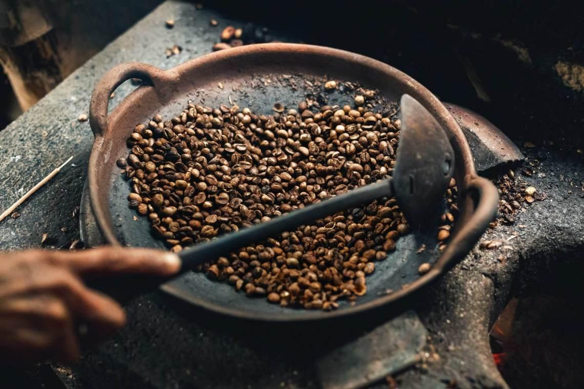coffee beans on round wok