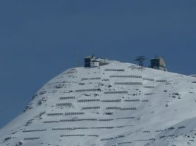 Bestehende Situation am Rüfikopf in Lech mit den Bergstationen Rüfikopf I (links) und Rüfikopf II (rechts). Foto: Naturschutzanwaltschaft