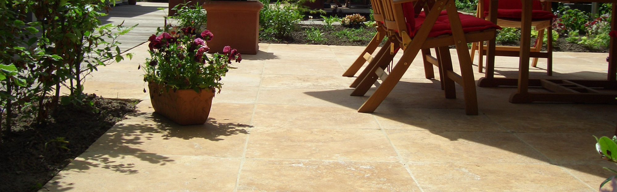 Bauen mit Naturstein - Außenbereich verschönern: Terrassen