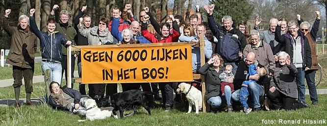 protest tegen IJssellandschap die landgoed tot begraafplaats wil maken