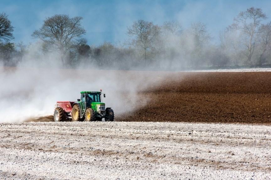 niet organische meststoffen kunnen de balans in de bodem verstoren