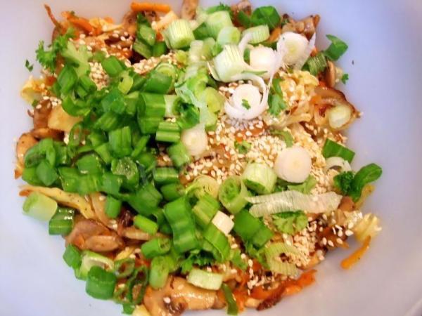 Cалат из свежей капусты - Рецепт с фото очень вкусный и ...