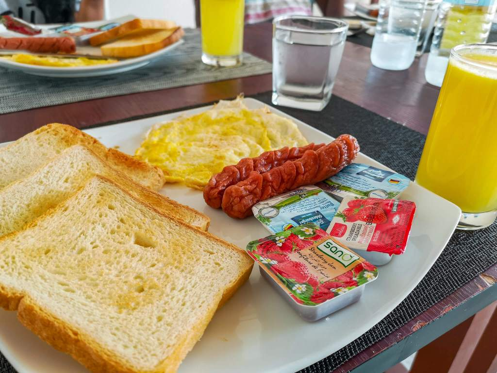 englishbreakfast_maafushi_ciritonoviewguesthouse_maldives