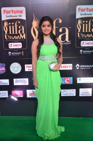 anupama parameswaran hot at iifa 2017DSC_01600039
