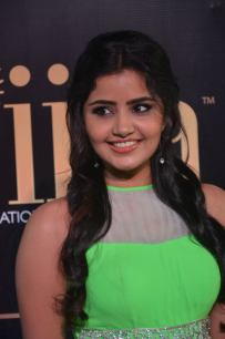 anupama parameswaran hot at iifa 2017DSC_01980001