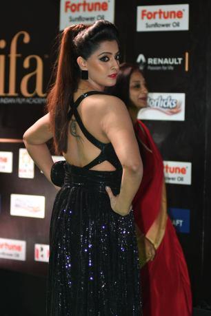 celebrities at iifa awards 2017 HAR_58510046
