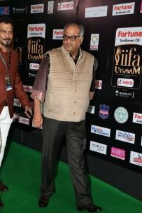 celebrities at iifa awards 2017 MGK_14210033