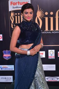 ishitha vyas hot at iifa awards 2017DSC_00640012