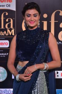 ishitha vyas hot at iifa awards 2017DSC_00960044