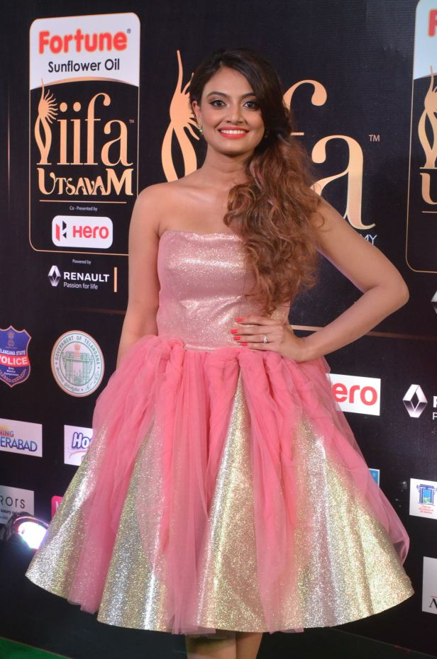 nikita narayan hot at iifa 20177