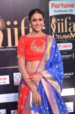 priya sree hot at iifa awards 2017DSC_85820018