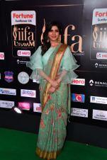 samantha hot at iifa awards 2017HAR_60670035