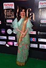 samantha hot at iifa awards 2017HAR_60680036