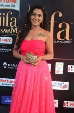 sredha hot at iifa awards 2017DSC_83980048