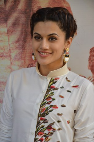 tapsee at name shabhana promotion press meetHAR_32530018