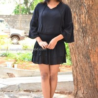 hebbah patel hot latest pics - 2