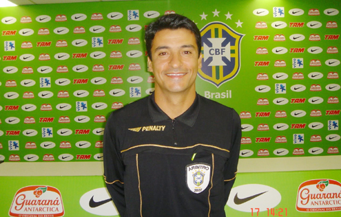 Sandro-Meira-Ricci-Apito-do-Bicudo.jpg