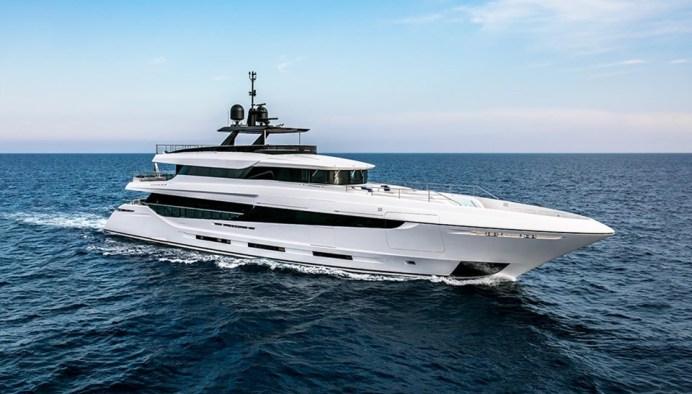 mangusta-oceano-42-un-long-range-yacht-in-puro-stile-mangusta_29791