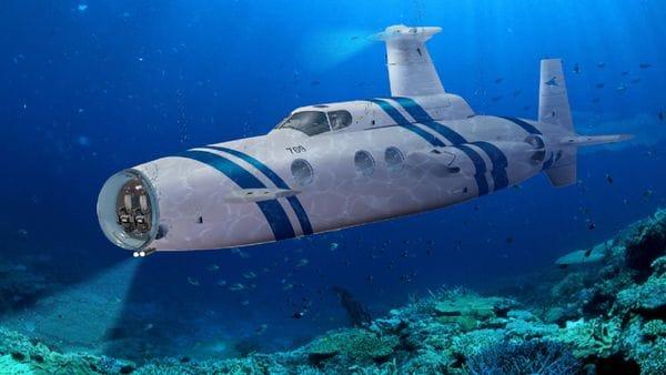El yate ya fue: ahora es el submarino