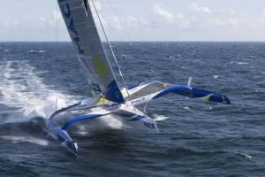 Navegar con y sin tripulación a bordo del trimarán MACIF