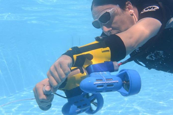 X2 SPORTS UNDERWATER JET PACK; EL PROPULSO SUBMARINO