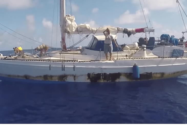 Rescatados después de 5 meses en el Pacífico