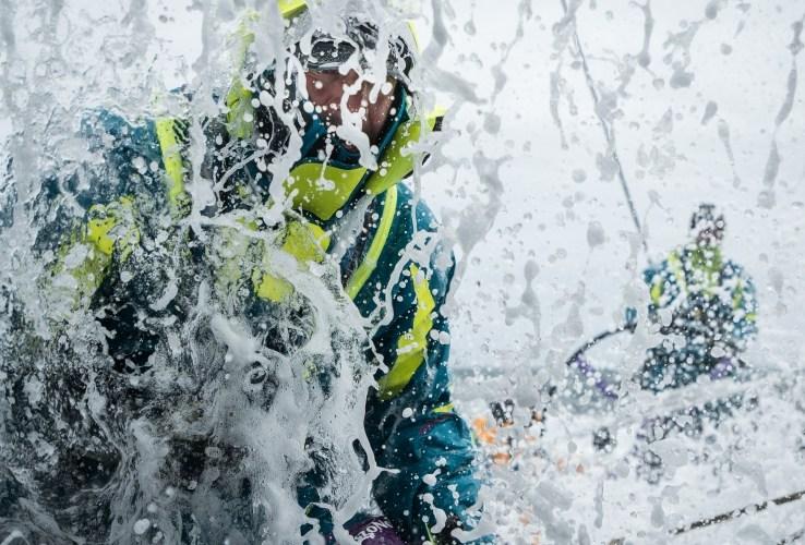 Guerra de trasluchadas de los líderes de la Volvo Ocean Race