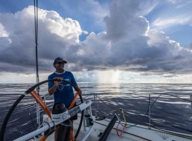 Volvo Ocean Race. Vestas 11th Hour Racing lidera la salida de los Doldrums