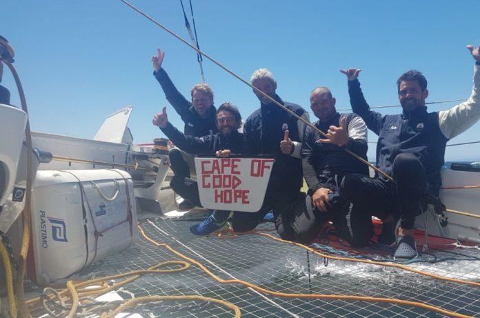 El Maserati cruza el Cabo de Buena Esperanza con cuatro días de ventaja